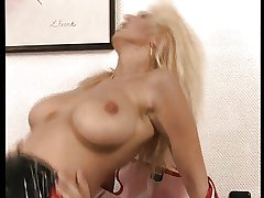 Broad in the beam Unproficient Boobs - Cute Mature Sexy