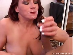Lovely mature mollycoddle loves approximately suck cock