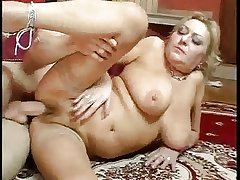 big boobs mature with an eye to fuck troia hairy pussy