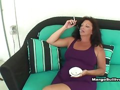 Margo Gets Son Clogged up On With Their way Cigarette