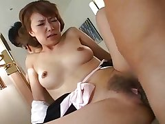 Pretty Japanese mature's gradual cunt fucked