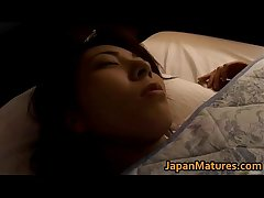 Mature Japanese unreserved gets fingered