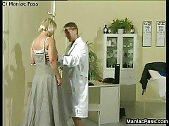 Sporty medicate fucks grown up blonde