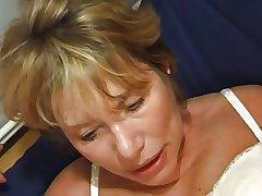 FRENCH Full-grown n35 kirmess anal mom vieille salope