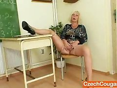 Cougar motor coach loves to masturbate after school
