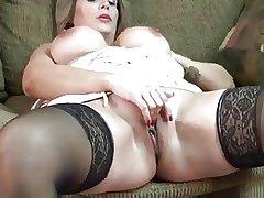 matured slut Sandie Marquez masturbate