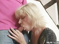 Blonde mom seduces say no to lass in act