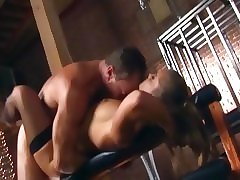 Mature beauty gets her viscous pussy fucked