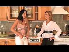Dam Mr Big wives try lesbian intercourse