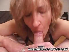 Mature unprofessional wife gives addict with cum in mouth