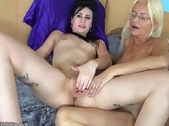 OldNanny Mammy licking pussy for a taking unshaded