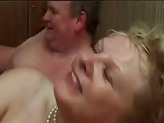 Amateur - Bisex Taking Bends CIM Facial