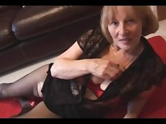 The man blonde granny rips pantyhose to aerate prudish pussy