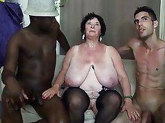 FRENCH BBW 65YO GRANNY OLGA FUCKED Hard by 2 MEN - DP