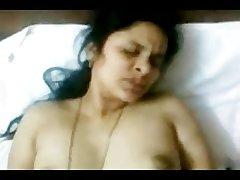 Hot INDIAN TELUGU Aunty Sudha's fucking CLIP 2