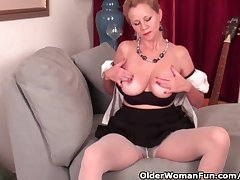 Mature lady needs to get off about pantyhose
