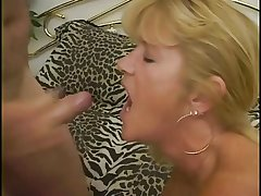 MATURE Landowners AND MILFS FACIALS COMPILATION