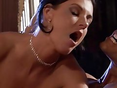 Super Hot MILF Close up shop Summer