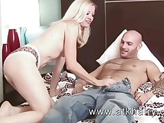 Mature and hairy Heidi Hanson gets cum on her bush