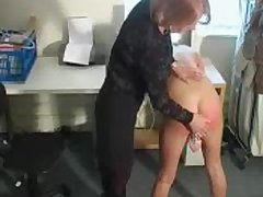 Defamatory blonde battle-axe fucks her cunt while getting spanked