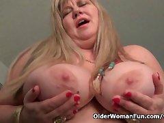 BBW milf Love Deity rubs her matured clit