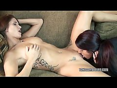 Tattooed MILF Autumn Bodell eats Lavenders dear pussy