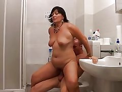 Full-grown CURVY MILF Away from YOUNG