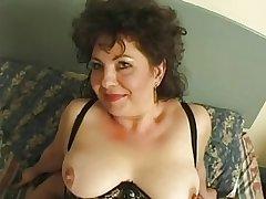 Hot Busty Matured British Cougar Assbanged