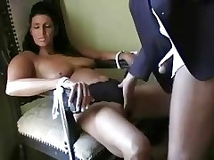 Mature woman sucking cock in good shape experience a facial