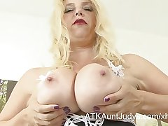 Lucinda finger-fucks will not hear of MILF pussy in a maid outfit.