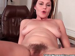 Sexy milf almost obese tits plant her hairy pussy