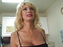 Mature blonde Tara Moon shows deficient keep humugous interior