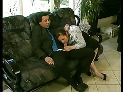 BBW Grown up GRANNY FUCKED Overwrought A HUGE DICK ON THE Settee