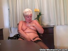Chunky granny regarding stockings plays with vibrator