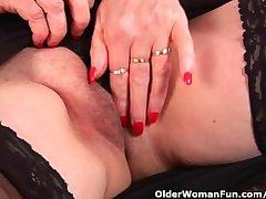 Granny regarding chubby soul finger fucks her lovable adult pussy