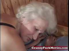 grown up granny pussy poked