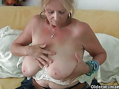 Beamy titted grandma Isabel collection