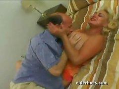 Auriferous granny loves sex even after retirement