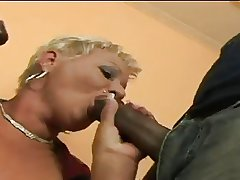 Mature Amanda takes greater than 2 BBC