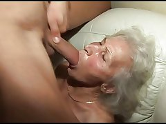 banging the granny's puristic pussy