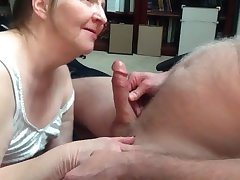Granny with astounding blowjob skills