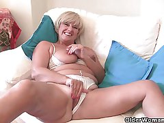 Fuckable granny Samantha needs around get lacking