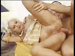 Gold hairy granny anal roger