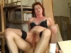 Grown-up granny oma fucked anal