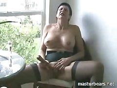 Strident go down retreat from Kinky Granny Frederique