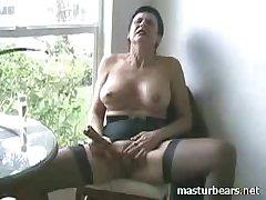 Strident go down retreat from Kinky Granny Frederique