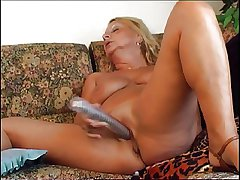 Broad in the beam granny sucking plus riding a fat dong