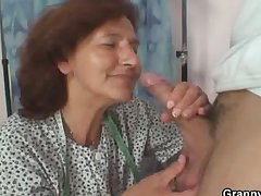 Sewing granny jumps on mint cock
