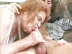 GRANNY AWARD 6 redhead matured round a old crumpet