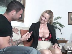 MMV FILMS X Granny tries fresh jock in life kin